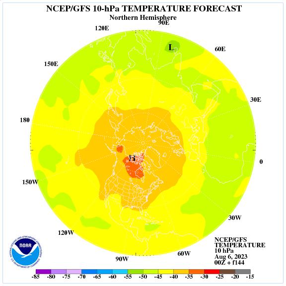 Previsione a 144 ore delle temperature a 10 hPa nell'emisfero nord